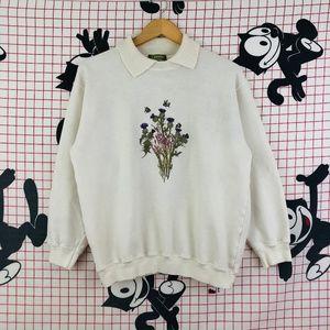 Vintage Bee Floral Garden White Collar Crewneck